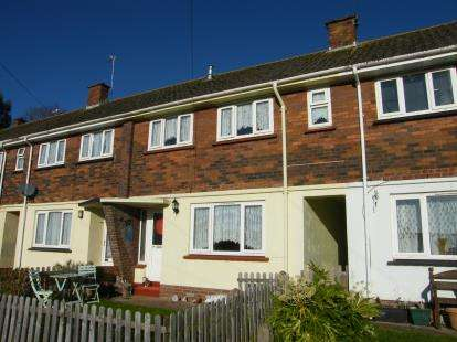 3 Bedrooms Terraced House for sale in Paignton, Devon, England