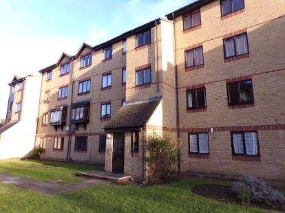 2 Bedrooms Flat for sale in Vange, Basildon, Essex