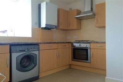 2 Bedrooms Flat for rent in Winner Street, Paignton