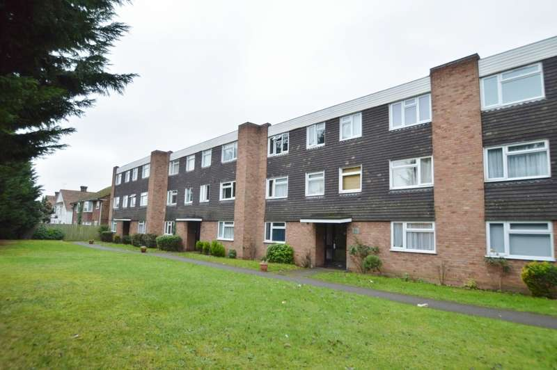 2 Bedrooms Flat for sale in Hill Rise, Langley, SL3