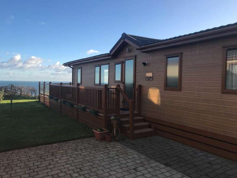 2 Bedrooms Lodge Character Property for sale in Portland View, Ladram Bay, Budleigh Salterton