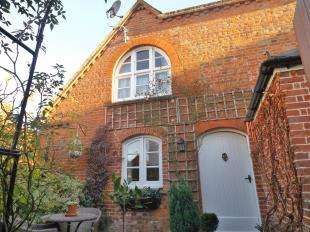 3 Bedrooms Semi Detached House for sale in Northgrove Road, Hawkhurst, Kent