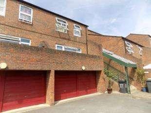 3 Bedrooms Maisonette Flat for sale in Wastdale Road, Sydenham, London