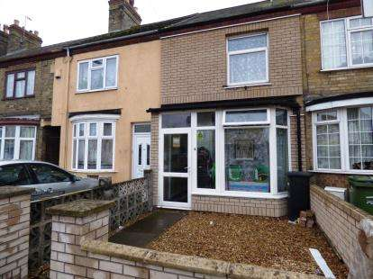 3 Bedrooms Terraced House for sale in Padholme Road, Eastfield, Peterborough, Cambridgeshire