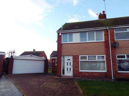 3 Bedrooms Semi Detached House for sale in Oldbury Place, Thornton-Cleveleys, Lancashire, FY5