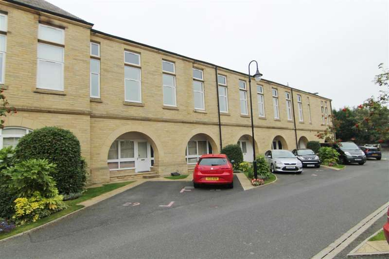 2 Bedrooms Apartment Flat for sale in Mccrae Apartments, Emily Way, Savile Park, Halifax