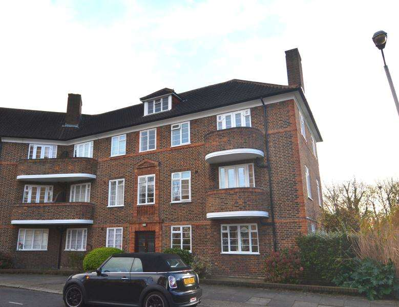 2 Bedrooms Flat for sale in The Limes, London, SW18