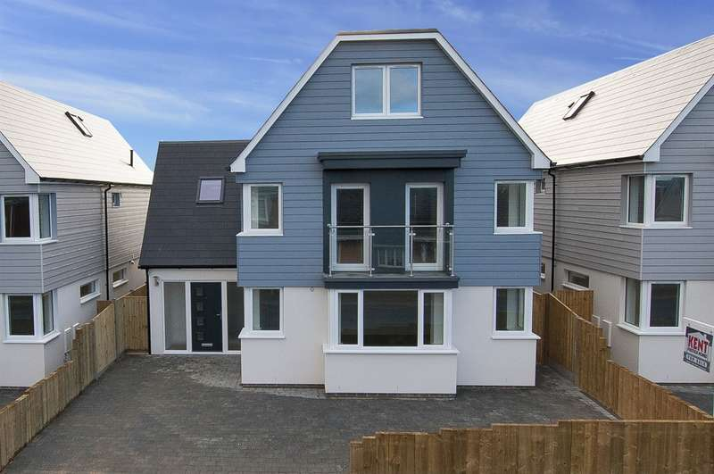 5 Bedrooms Detached House for sale in Northwood Road, Tankerton, Whitstable