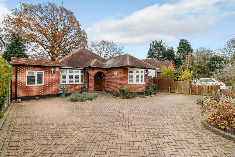 3 Bedrooms Detached Bungalow for sale in Esher