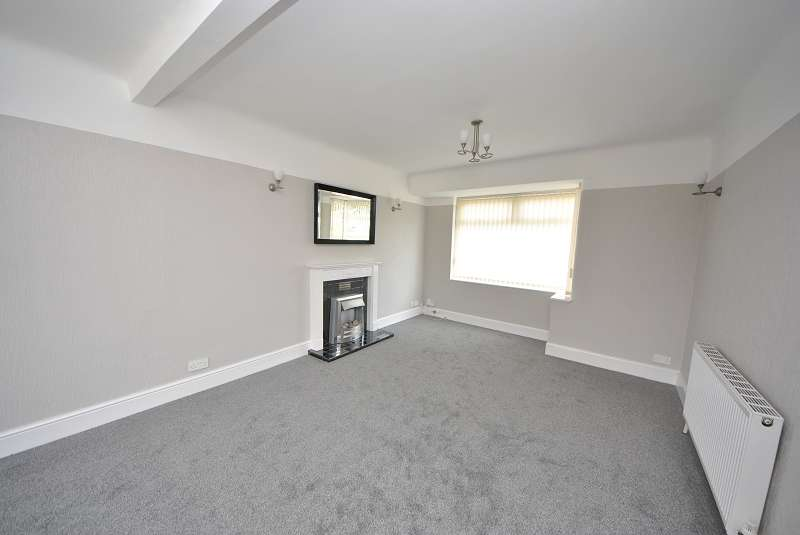 3 Bedrooms Semi Detached House for sale in Gainsborough Avenue, Maghull, Liverpool. L31 7AU