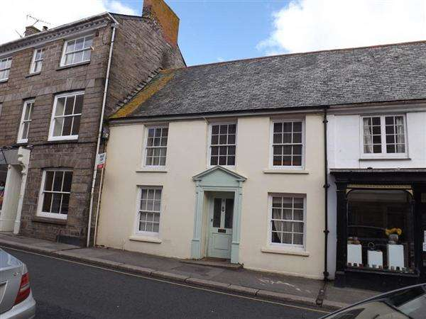 6 Bedrooms Terraced House for rent in Broad Street, Penryn