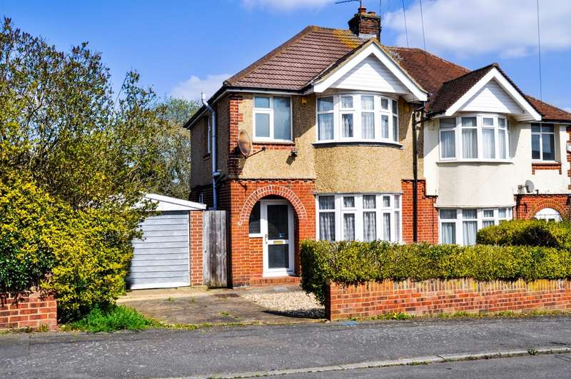 3 Bedrooms House for rent in Stanford Road, Luton, LU2