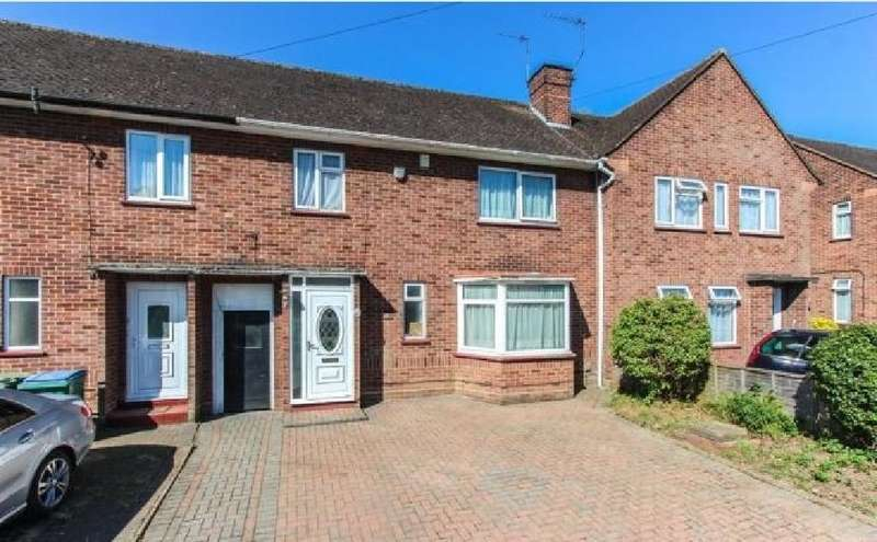3 Bedrooms Terraced House for rent in Codicote Drive, Watford