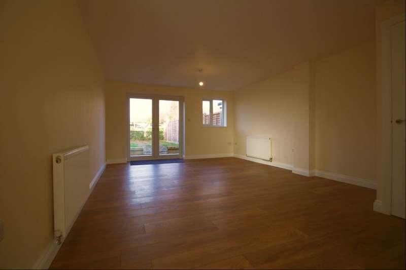 3 Bedrooms Property for rent in Jessie Road, Havant, PO9