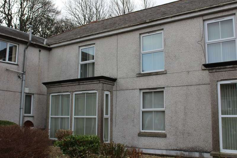 1 Bedroom Flat for rent in Sea View Terrace, Camborne, TR14