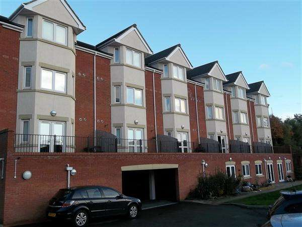 1 Bedroom Apartment Flat for rent in Ryland House, Redditch, Hewell Road, Enfield, Redditch