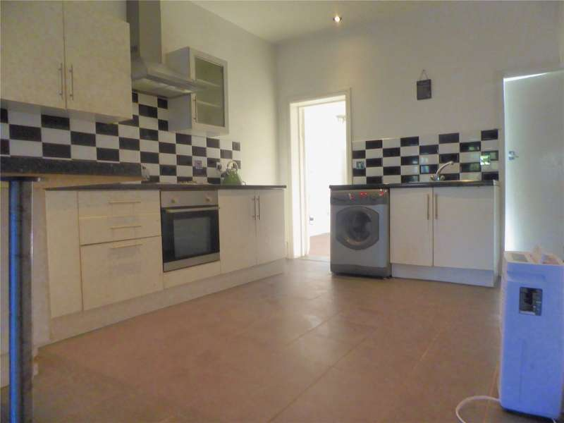 1 Bedroom Flat for sale in Caerleon Road Newport NP19