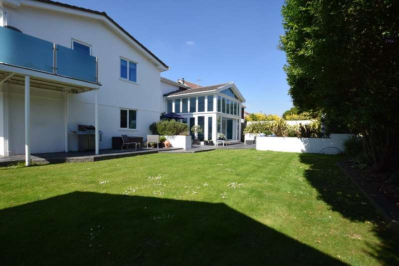 5 Bedrooms Detached House for sale in 7 Tern Road, Porthcawl, Bridgend County Borough, CF36 3TS.