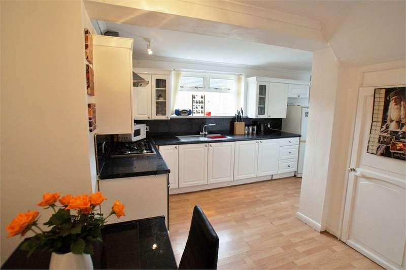 2 Bedrooms Semi Detached House for sale in CA2 7TB Holmrook Road, Sandsfield Park, Carlisle, Cumbria