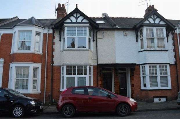 4 Bedrooms Terraced House for rent in Ashburnham Road, Abington, Northampton NN1 4RB