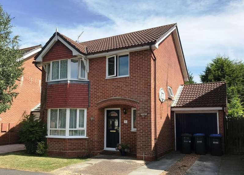 4 Bedrooms Detached House for sale in Withy Bush, Burgess Hill RH15