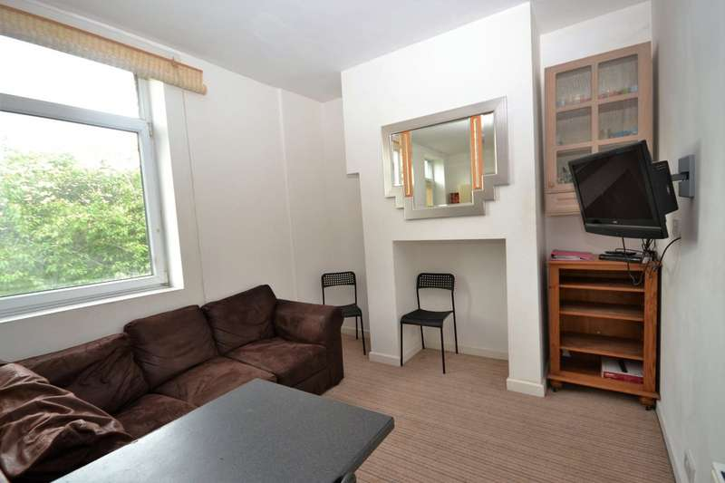 4 Bedrooms Terraced House for rent in Orchard Terrace, Newsome HD4