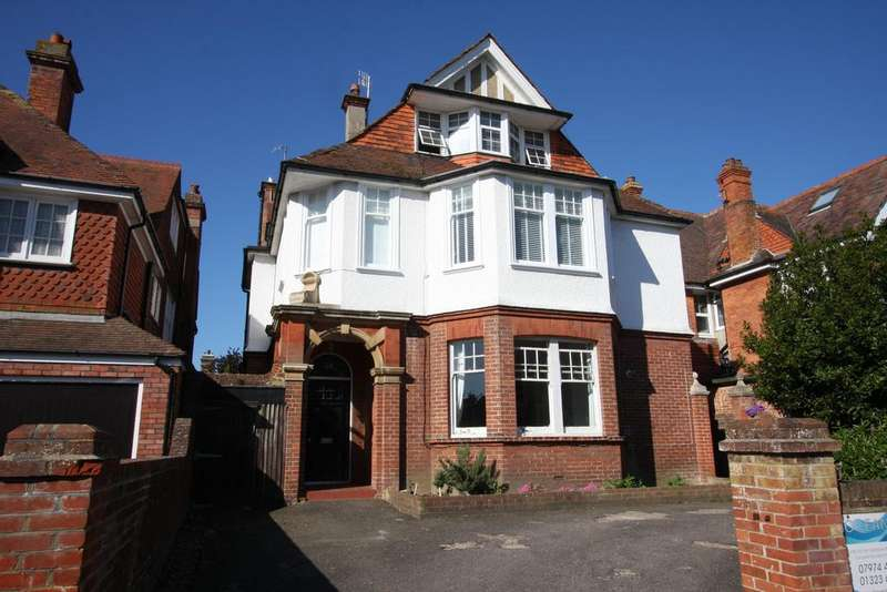 2 Bedrooms Apartment Flat for sale in 25 Arlington Road, Eastbourne BN21