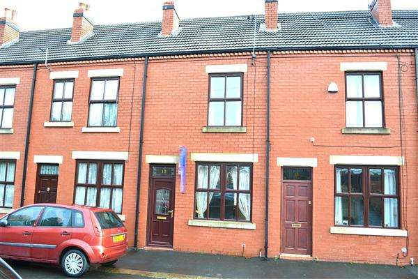 2 Bedrooms Terraced House for rent in Hesketh Street, Leigh