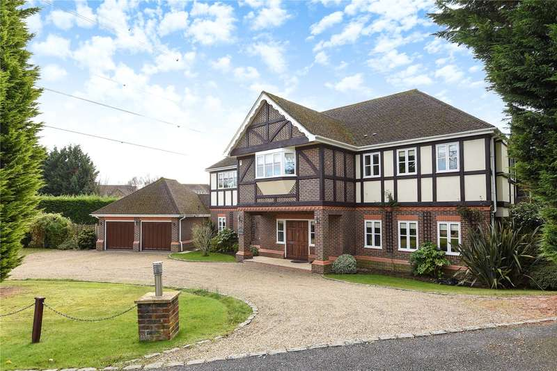 5 Bedrooms Detached House for sale in Oxford Close, Moor Park, Middlesex, HA6