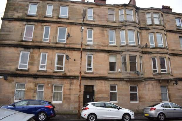1 Bedroom Flat for sale in 82 Prince Edward Street, Flat 1/1, Govanhill, G42