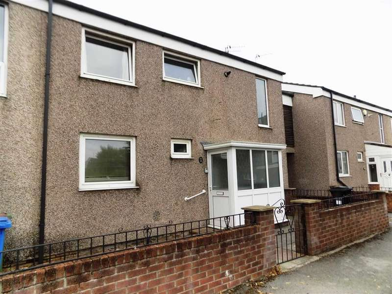 4 Bedrooms Semi Detached House for sale in Edmund Close, Stockport