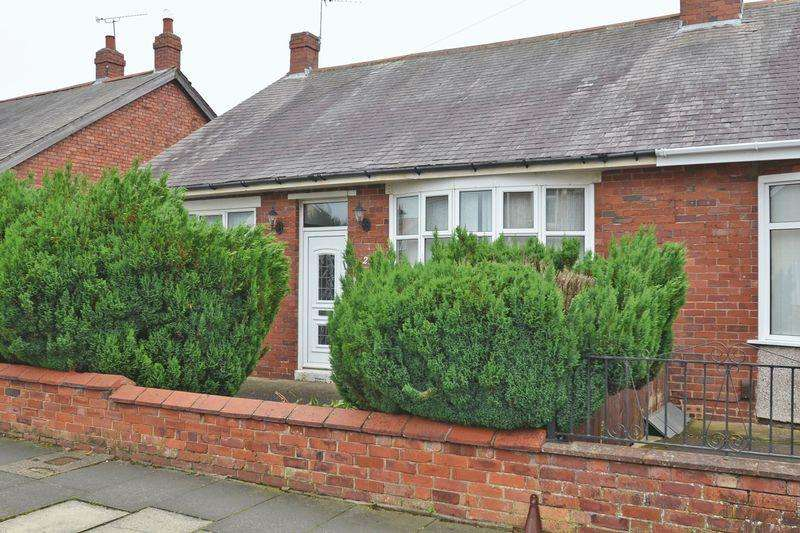 2 Bedrooms Bungalow for sale in Highbury Place, North Shields
