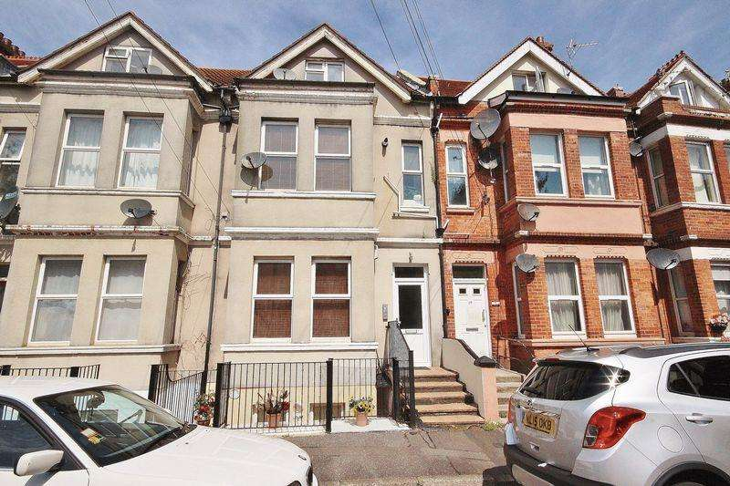 1 Bedroom Flat for sale in 21 Windsor Road, Boscombe, Bournemouth