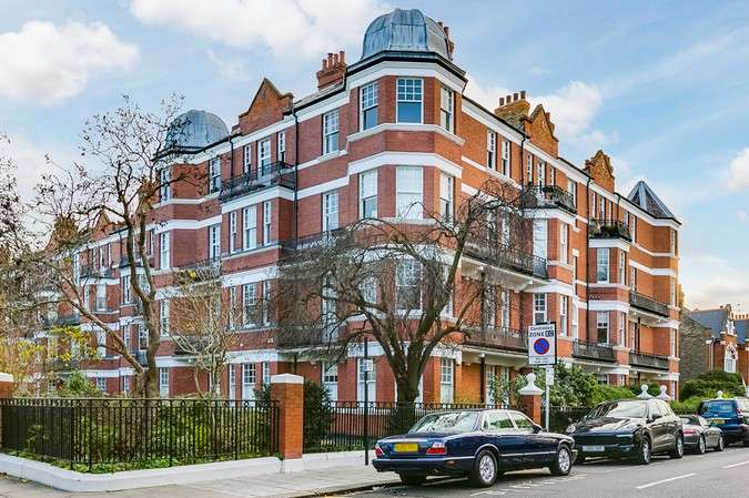 4 Bedrooms Flat for sale in Prebend Mansions, Chiswick High Road, Chiswick