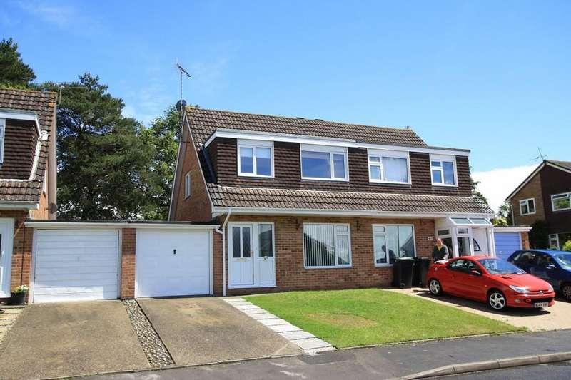 3 Bedrooms Semi Detached House for rent in Kestrel Close, Ferndown