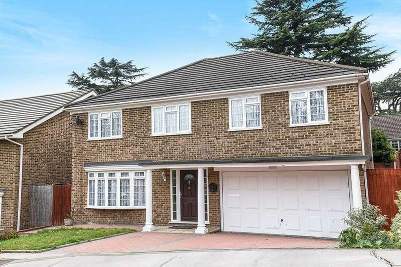5 Bedrooms Detached House for sale in Copley Dene, Bickley, Bromley, Kent, BR1 2PW