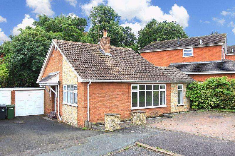 2 Bedrooms Detached Bungalow for sale in PENN, Lancaster Gardens