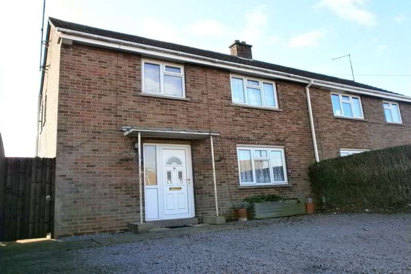 3 Bedrooms Semi Detached House for sale in Victory Avenue, Whittlesey, Peterborough, PE7