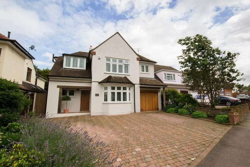 4 Bedrooms Detached House for sale in Friars Avenue, Shenfield, Brentwood, Essex, CM15