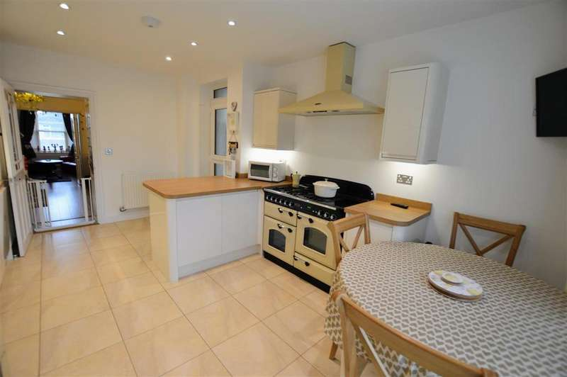 3 Bedrooms Terraced House for sale in Ferry Road, Kidwelly