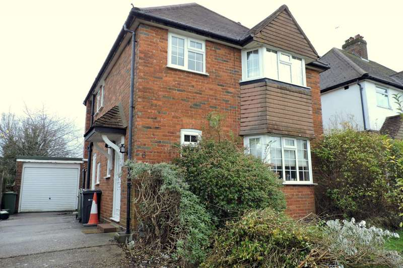 4 Bedrooms House for rent in Cherry Tree Avenue, Guildford