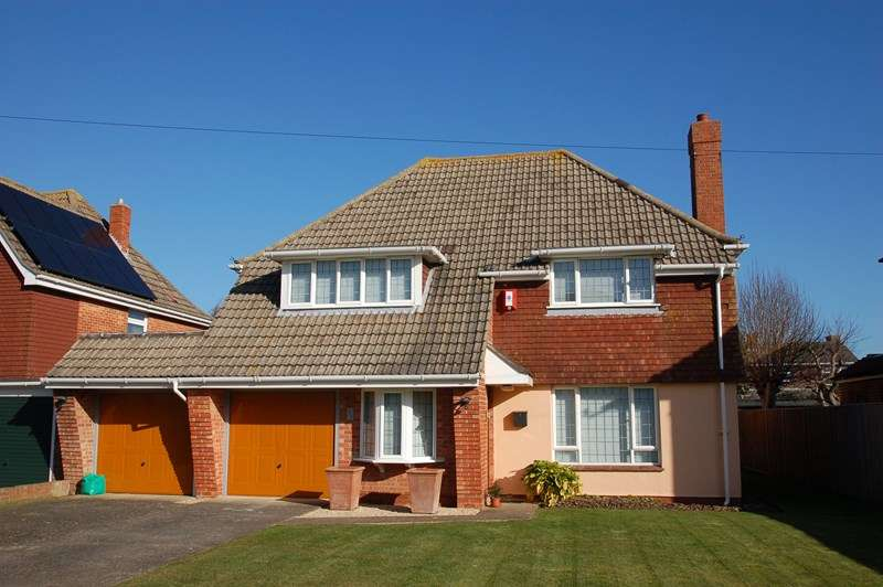 4 Bedrooms Detached House for sale in Palmerston Way, Alverstoke, Gosport