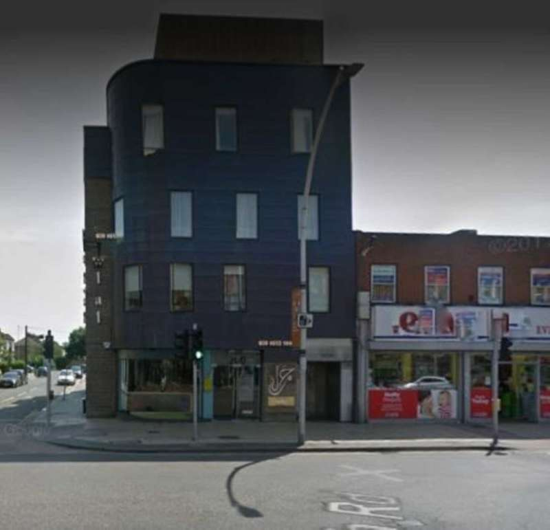 Restaurant Commercial for sale in High Road Ilford, Ilford