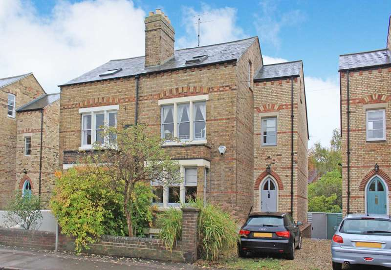 4 Bedrooms Semi Detached House for sale in Central North Oxford