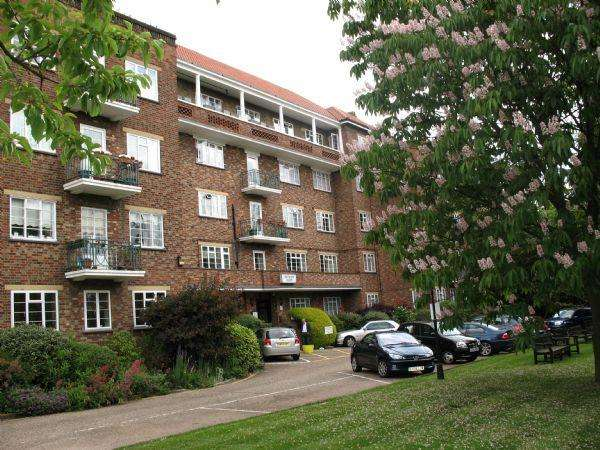 2 Bedrooms Flat for sale in Thurlby Croft, Mulberry Close, HENDON, London, NW4 1QP