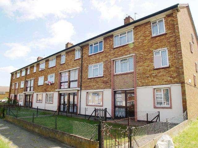 3 Bedrooms Maisonette Flat for sale in Rowan Road, West Drayton, UB7 7UE