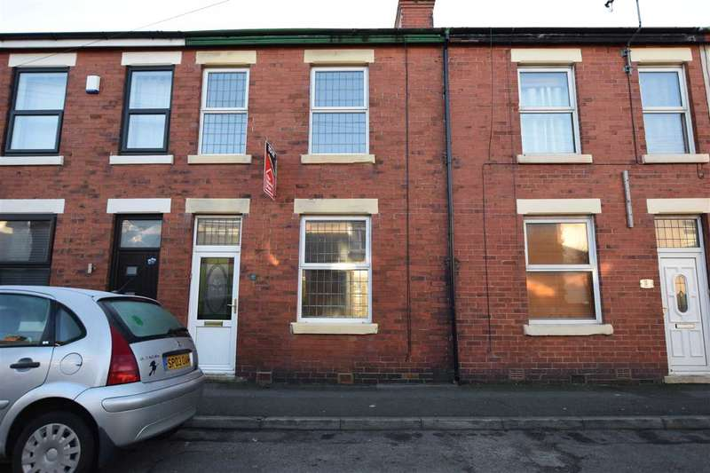 2 Bedrooms House for rent in Curzon Road, Poulton Le Fylde