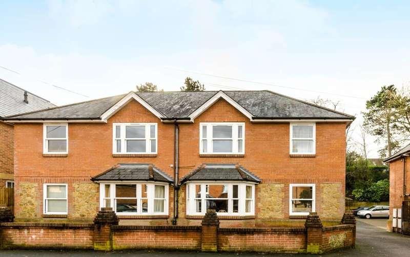 1 Bedroom Flat for sale in Charlotte Court, Guildford, GU1