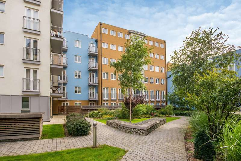 1 Bedroom Flat for sale in Whitestone Way, Croydon, CR0