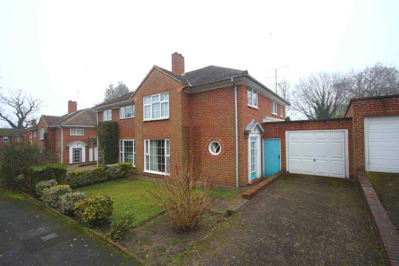 3 Bedrooms Semi Detached House for sale in Westbrook Gardens, Bracknell